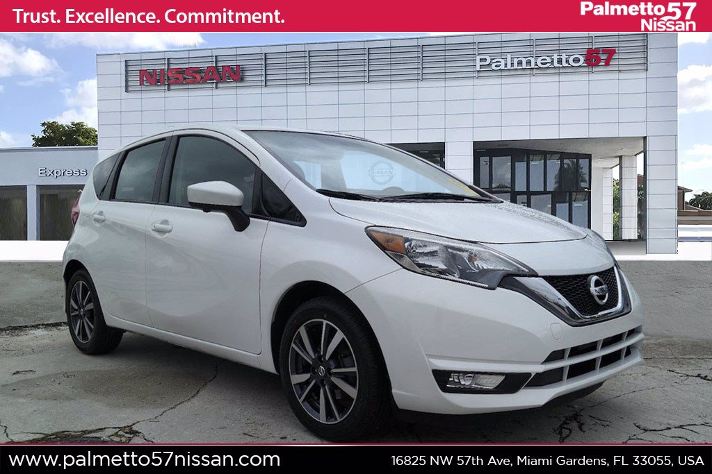 Pre-Owned 2017 Nissan Versa Note SL